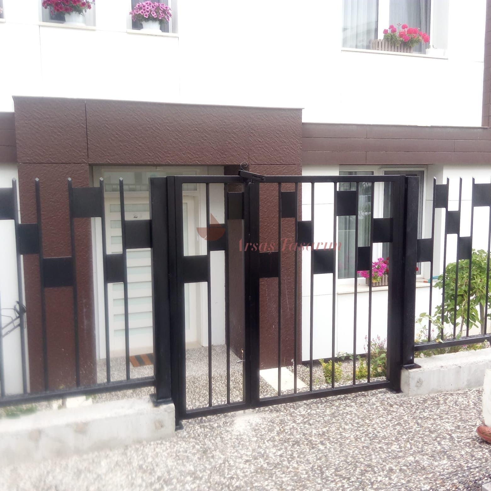 şık bahçe kapıları